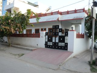 Anjana's Homestay- A luxurious 3 BR Home- For Families, Couples & Solo Travelers