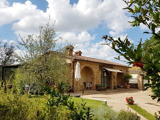 2 bedroom Villa in La Querce, Tuscany, Italy : ref 5490500