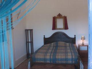 Romantic Room, (Oporto 10 kms) in Miramar near the beach and Train