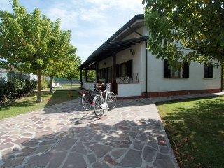 3 bedroom Villa in Forte dei Marmi, Tuscany, Italy : ref 5310740