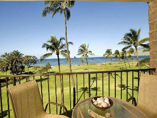 Kauhale Makai 535 - 2 Bedroom, Renovated 5th Floor Oceanfront Condo, Pool