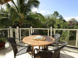 Grand Champions 8 - 2 Bedrooms, Top Floor Private Lanai, Pool - Condo
