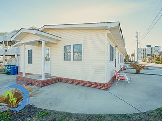 Cherry Grove Beach Bungalow #1! 100 Yards to Beach! Pet Friendly!
