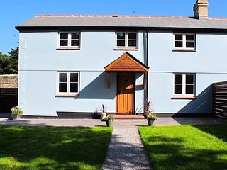 Three bedroom house close to Falmouth, Penryn and Truro
