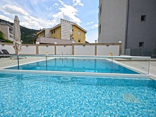 Chill n Go Aparthotel - One Bedroom Apartment with Pool