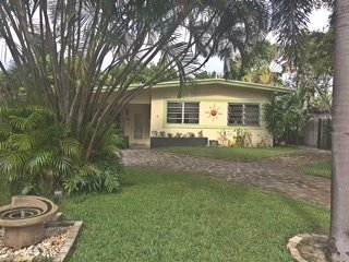 Clean, Classic Florida, Best Location to Walk Downtown