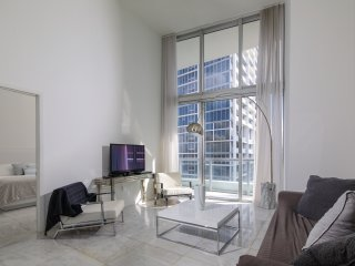 ★Available Labor Day Wknd★Heart of Miami ★Water Views★
