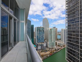W Miami One Bedroom Condo w/ Ocean Views