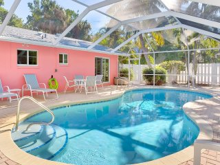 Relaxing Near Beach Captiva Island Pool Home