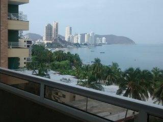 Apartamento Penthouse rodadero frente a la playa grupos grandes