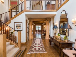 Rare Find, Luxurious Private House Right in Town – Ketchum