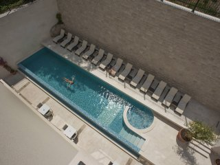 Hotel Moskva - Studio Apartment with Pool View