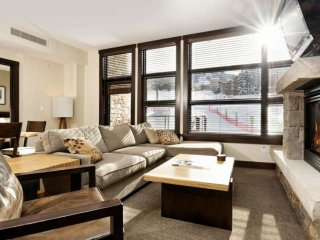 Premier mountainside in heart of Snowmass Base Village.  Hot tub,  A/C, ski stor