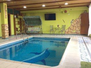 Beautiful apt with swimming-pool