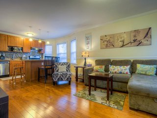 Modern, spacious condo near Boston College - steps from public transit!