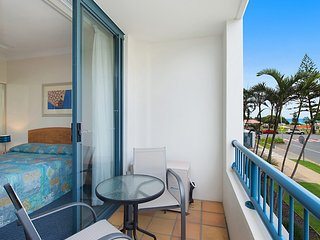 Calypso Plaza Resort Unit 146 - Central Coolangatta Beachfront location