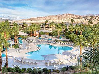 Coachella 1 Bedroom, 1 Bath, sleeps 4, kitchen, pool, BBQ, national brand resort