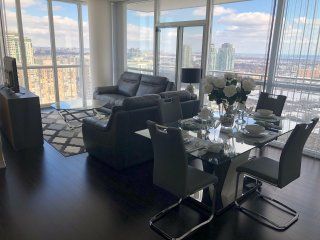 Luxurious Executive Condo Rental
