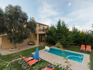 3 bedroom Villa in Vlycháda, Crete, Greece : ref 5033270