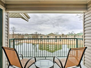 Chic Golf Course Condo w/Patio Near Branson Strip!