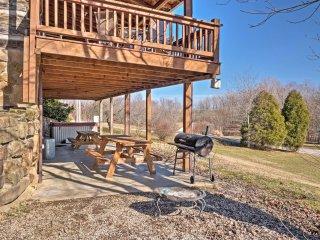Historic Derby Cabin w/Hot Tub & Ohio River Views!
