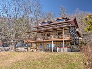Historic Derby Cabin w/Hot Tub & Ohio River Views!