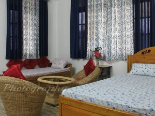 HIMALAYAN ECO- HOMESTAY - BEDROOM 1