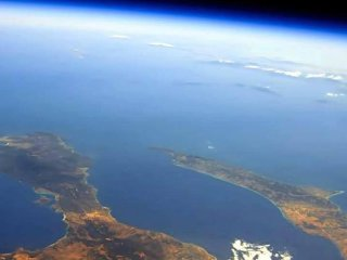 The peninsulas Kassandra on the right and Sithonia on the left