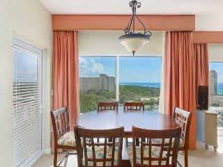Luau at Sandestin® 1BR w/ 2 Pools, Hot Tub, Beach Access & Private Balcony