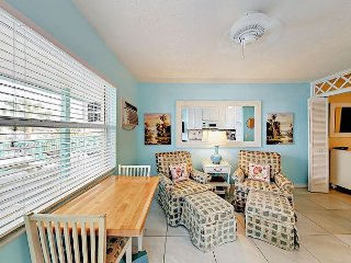 Breezy 1BR Condo on Belleair Beach—Pool Access, Near Clearwater