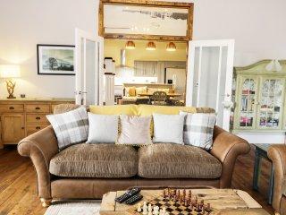 The Granary, en-suite bedrooms, woodburner, pet friendly, near Durham