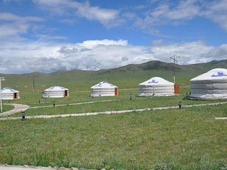 Mongolian Ger Camping nearby Genghis Khan Statue (8)