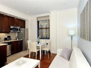 1 Bed with 24hr doorman Midtown South between Times Square - Empire State Bldg