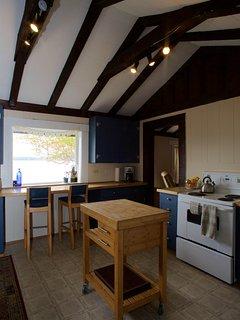 Beach Cottage: kitchen
