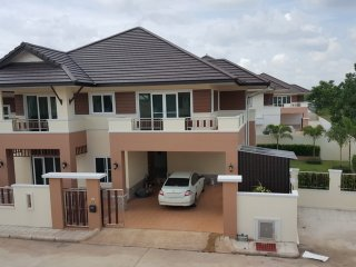 Brand New 300m2 VILLA between Songkhla and Had Yai, Thailand.