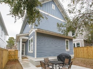 Brand New Home: One Block From the Start of Cooper River Bridge Run!