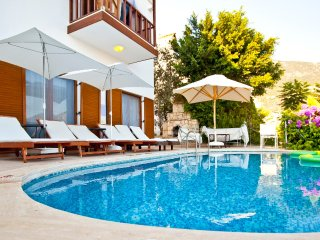 4 bedroom villa with stunning sea views only 300 mt. to the heart of Kalkan