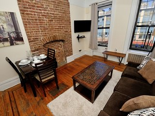 Central Park Delight #1 - One Bedroom Apartment - Apartment