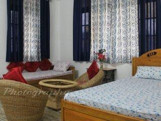 HIMALAYAN ECO STAY-  BEDROOM 3, vacation rental in Samsing