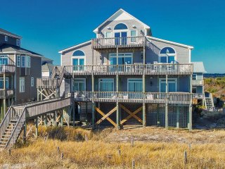Hampton Colony 644 Oceanfront! | Community Pool, Hot Tub, Jacuzzi, Fireplace, We