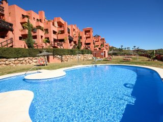 2057 - 2 bed apartment, Edificio Khios, Coto Real Duquesa Golf, Manilva