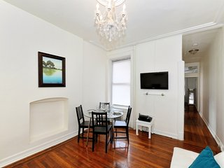 Upper West Side 1 Bed getaway Stay one block from Central Park, Planetarium, etc