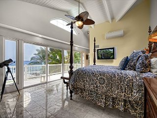Breathtaking Oceanfront 1 bedroom Suite with Pool & Spa, Paradise!