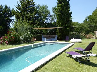 STUDIO + PISCINE PARTAGEE 5KM FROM AIX CENTER