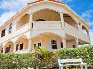 Ocean City Sea View 2 bedroom Apartment sleeps 6