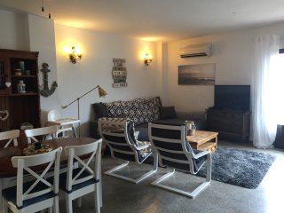 Spacious appartment in moraira town with pool and balcony with mountain views.