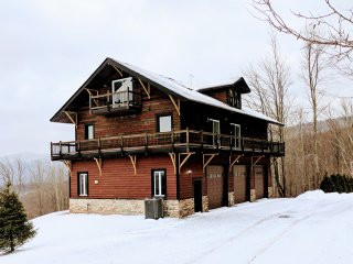 Magnificent Catskill Mountaintop Home!