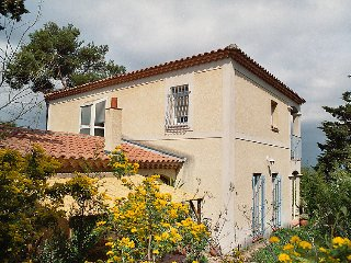 3 bedroom Villa in Villeneuve-les-Avignon, Occitania, France : ref 5051433