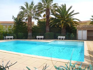 3 bedroom Villa in Les Lecques, Provence-Alpes-Côte d'Azur, France : ref 5034845