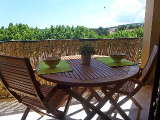 1 bedroom Apartment in Saint-Aygulf, Provence-Alpes-Côte d'Azur, France : ref 50